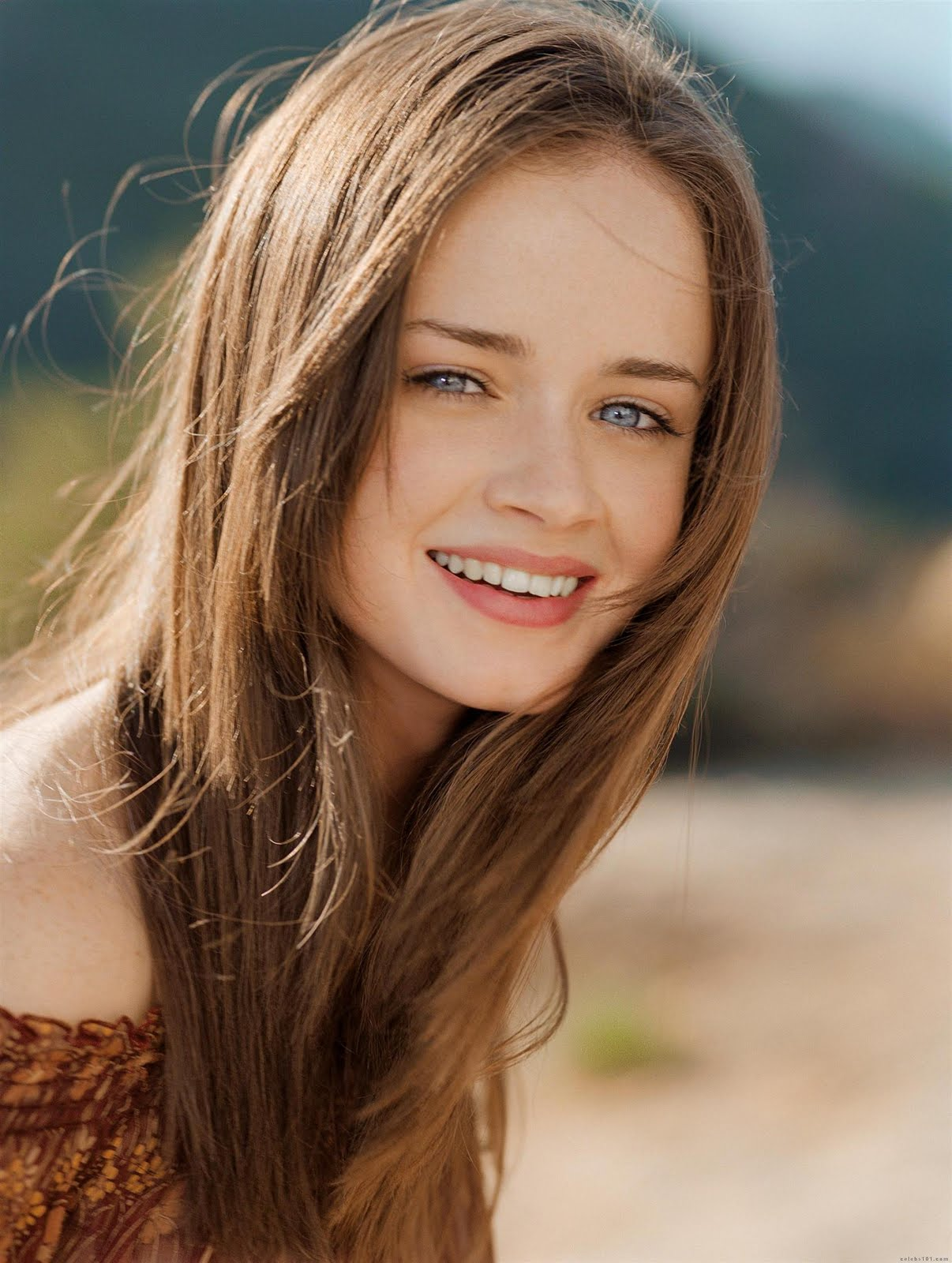 Alexis Bledel - Gilmore Girls: A Year in the Life