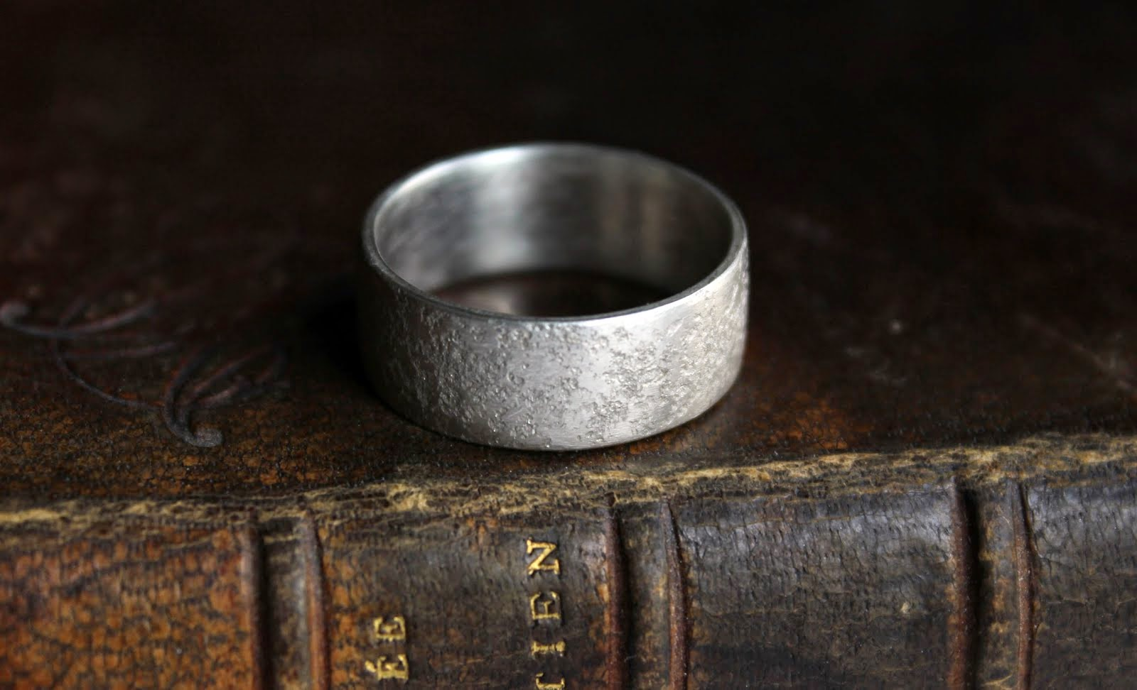 Granit silver ring