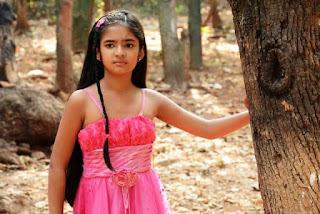 Foto Cantik Anushka Sen Pemeran Meher Dagli