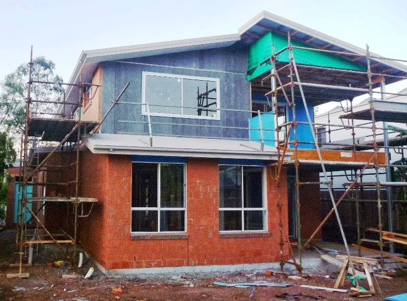 Building with Ownit Homes: Cladding and more Brickwork 4-10