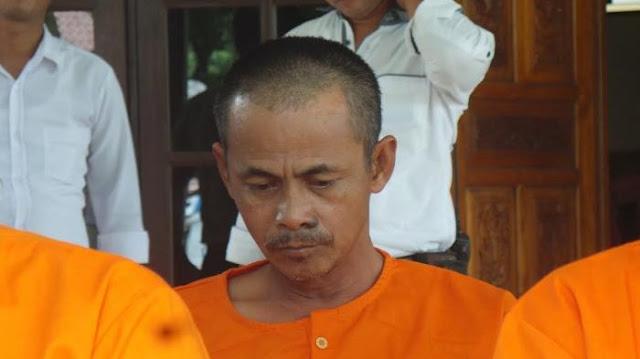 Dengan Tangan Kosong, Kepala Desa Ini Buat Polisi Bonyok, Begini Kronologisnya