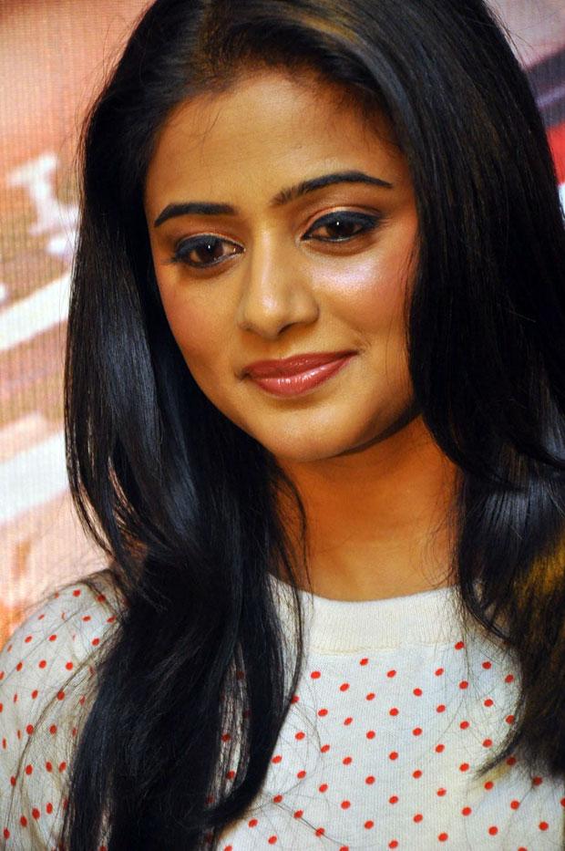 mp3 Download: priyamani profile biography-telugu actress,tamil