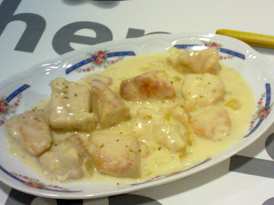 Pechugas de pollo con nata y curry