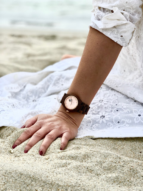 Jord Cora Koa watch with rose gold face Joanna Joy fashion blogger California fashion blogger petite fashion blogger white lei white dress beach