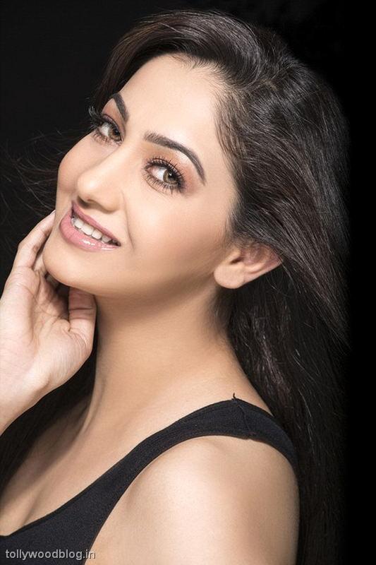 Pooja varma latest portfolio photo shoot stills