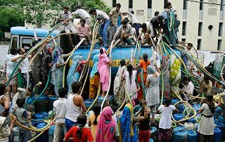 گجرات اتر کھنڈ اور یوپی میں بھی پانی کی قلت سے عوام پریشان
