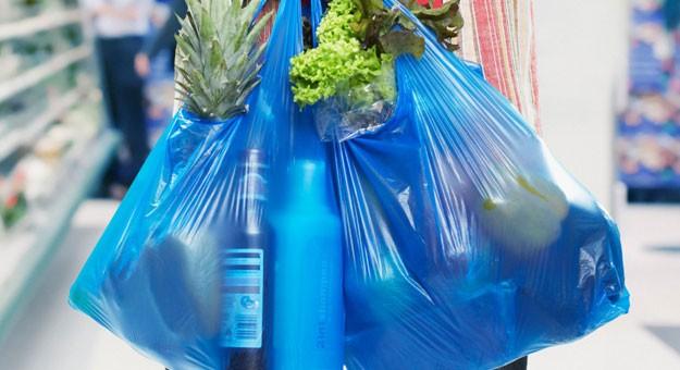 رسالة إلى وزير الصحة لتجريم استخدام الأكياس البلاستيكية