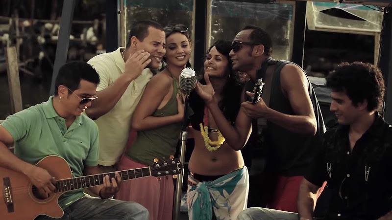 Buena Fe - Descemer Bueno - ¨Ser de Sol¨ - Videoclip - Dirección: Ian Padrón. Portal Del Vídeo Clip Cubano - 08