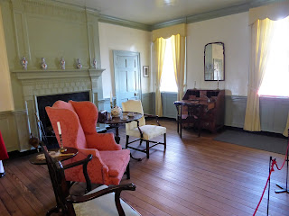 Mary Washington House living room