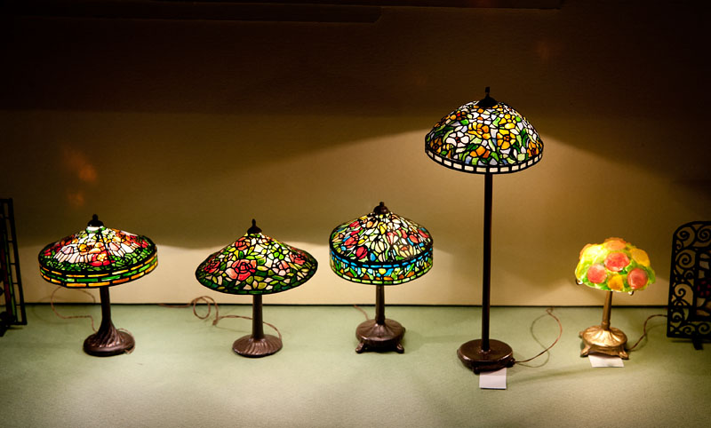 Perfect Good Sam Showcase of Miniatures: At the Show - Lighting, Stained  QR67