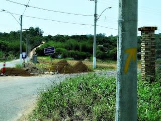 Flecha Amarela Indica o Sentido - Caminho de Santiago, Santo Antônio da Patrulha