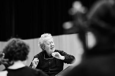 John Nelson, Orchestra philharmonique de Strasboug rehearsing Berlioz:Les Troyens (Photo Grégory Massat)