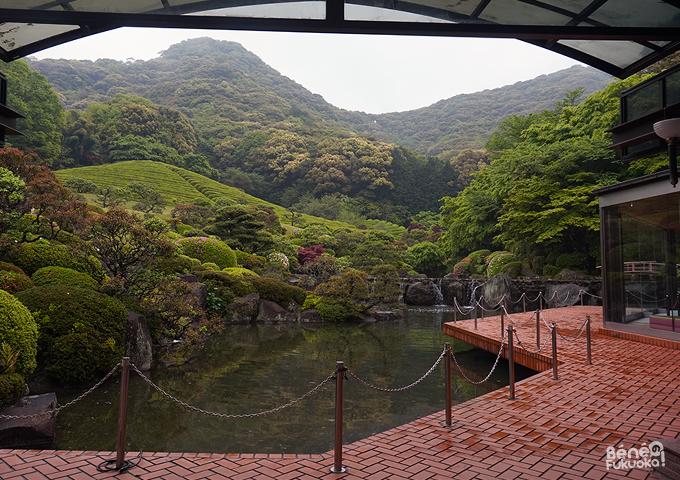武雄センチュリーホテルの日本庭園「慧洲園」