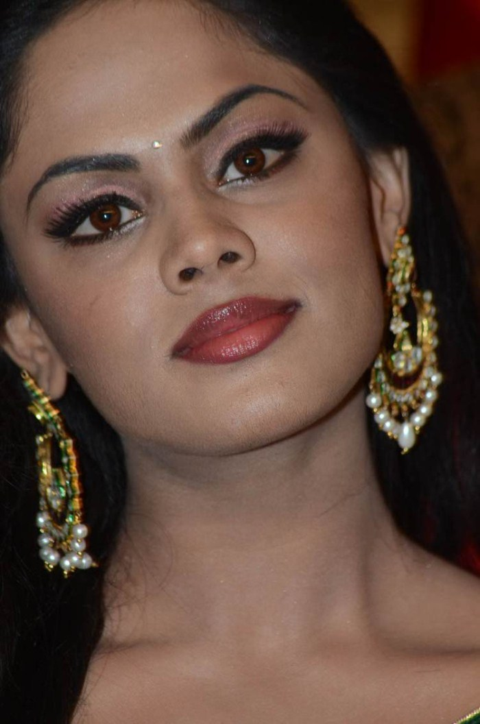 Kollywood Actress Karthika Nair Face Close Up Stills