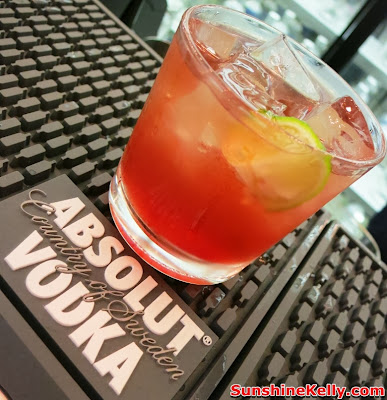 absolut, World First ABSOLUT Brand Store, KLIA, absolut hibiskus, absolut collection, ABSOLUT Hibiskus Pom-Rose