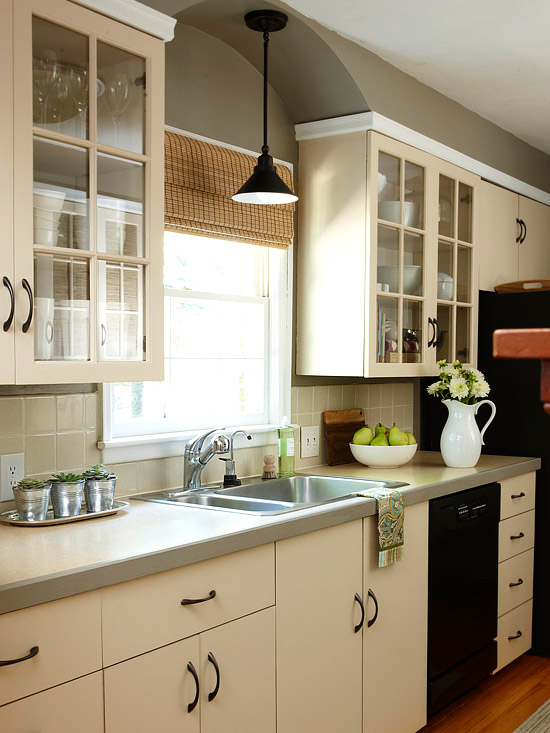 New Home Interior Design: Budget Kitchen Remodeling