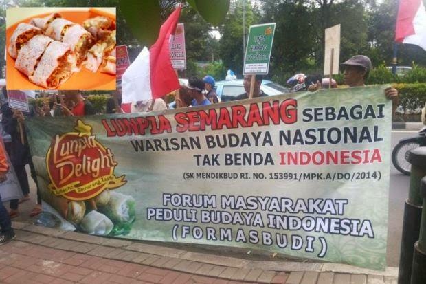 Gambar Protes 'Save Lunpia Atau Popia' Di Indonesia