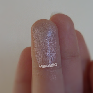 lady futura ombretto 02 verdebio swatches