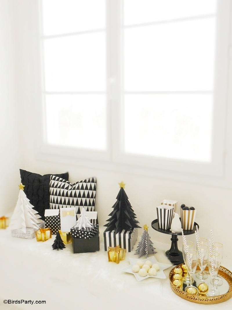 Black And White Christmas Party Ideas Part - 46: Black U0026 Gold, Geometric Christmas Holidays Tablescape - BirdsParty.com