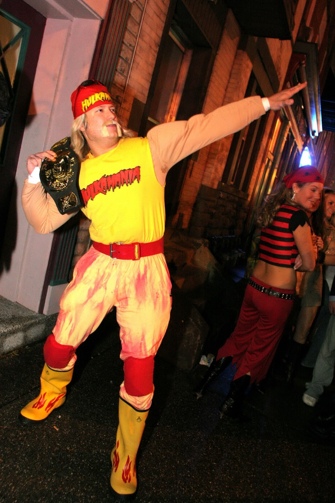 Dukes of Hazzard Collector & Dukes of Hazzard Collector: Larryu0027s Halloween Costumes