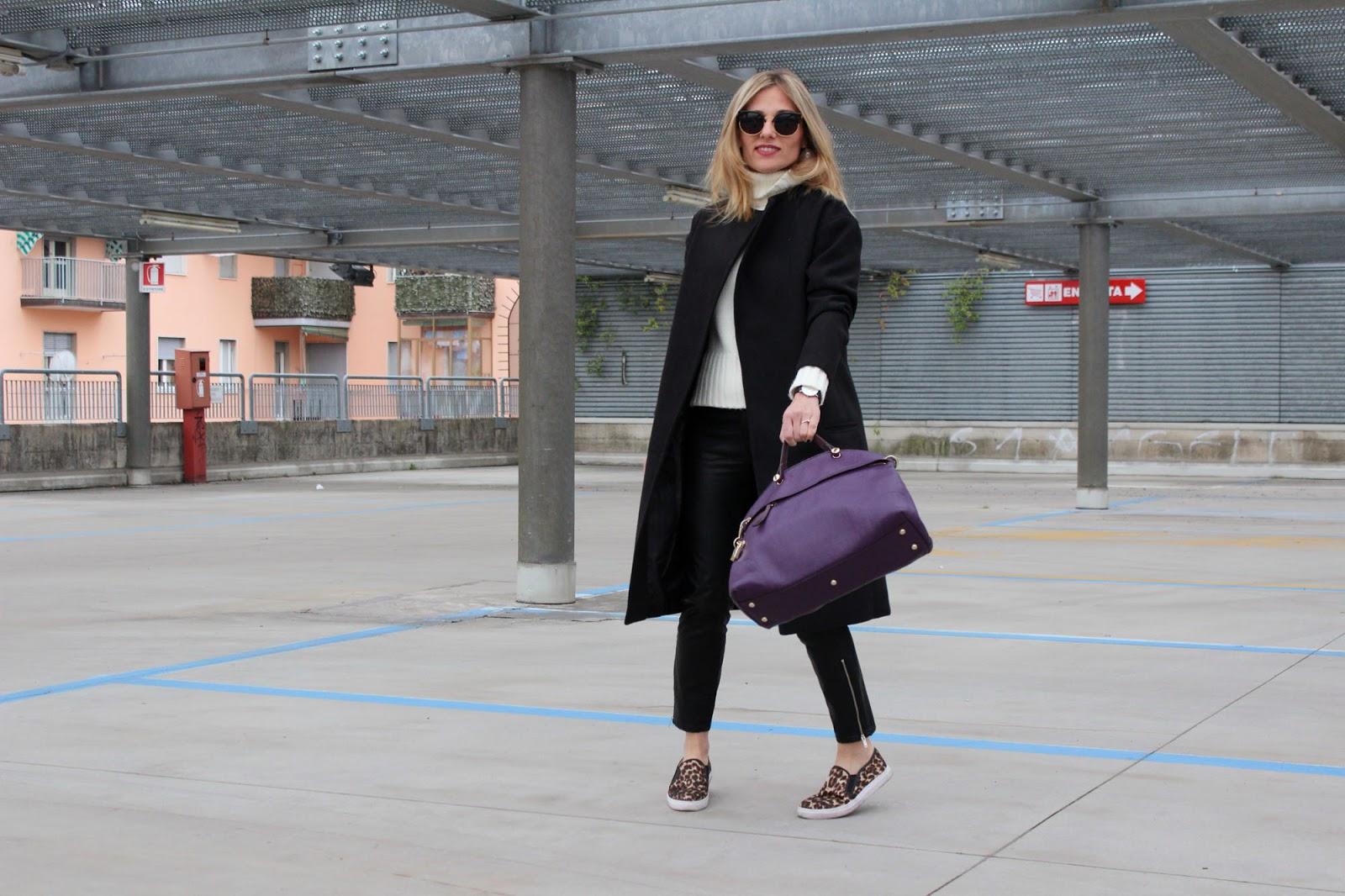 Eniwhere Fashion - Black coat Choies