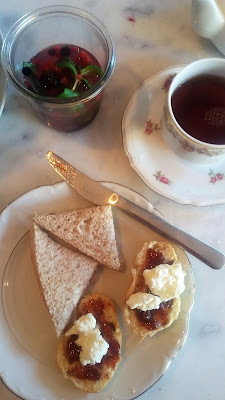 Afternoon tea - The Mad Hatter