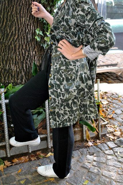 como vestir casual, looks casuales y sport, como vestir sport, parka, zapatillas, zapas, pantalon gimnasia, parka militar, tendencias, estilo, style, July Latorre, looks, mislooks, Asesora de Imagen, analisis de guardarropas, guardarropas, CASA Pop Up, consejos de moda