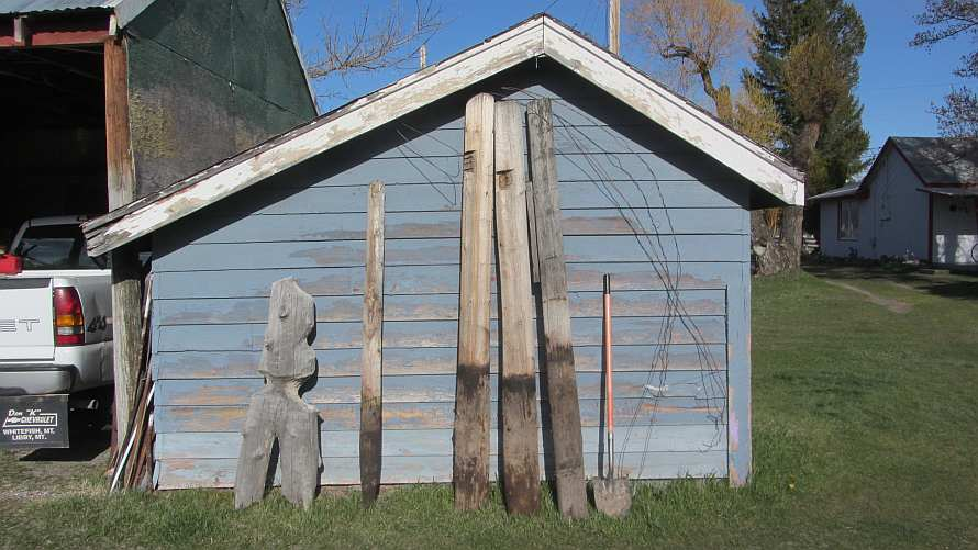 Life among the Tall Pines: Three gates fence rebuild