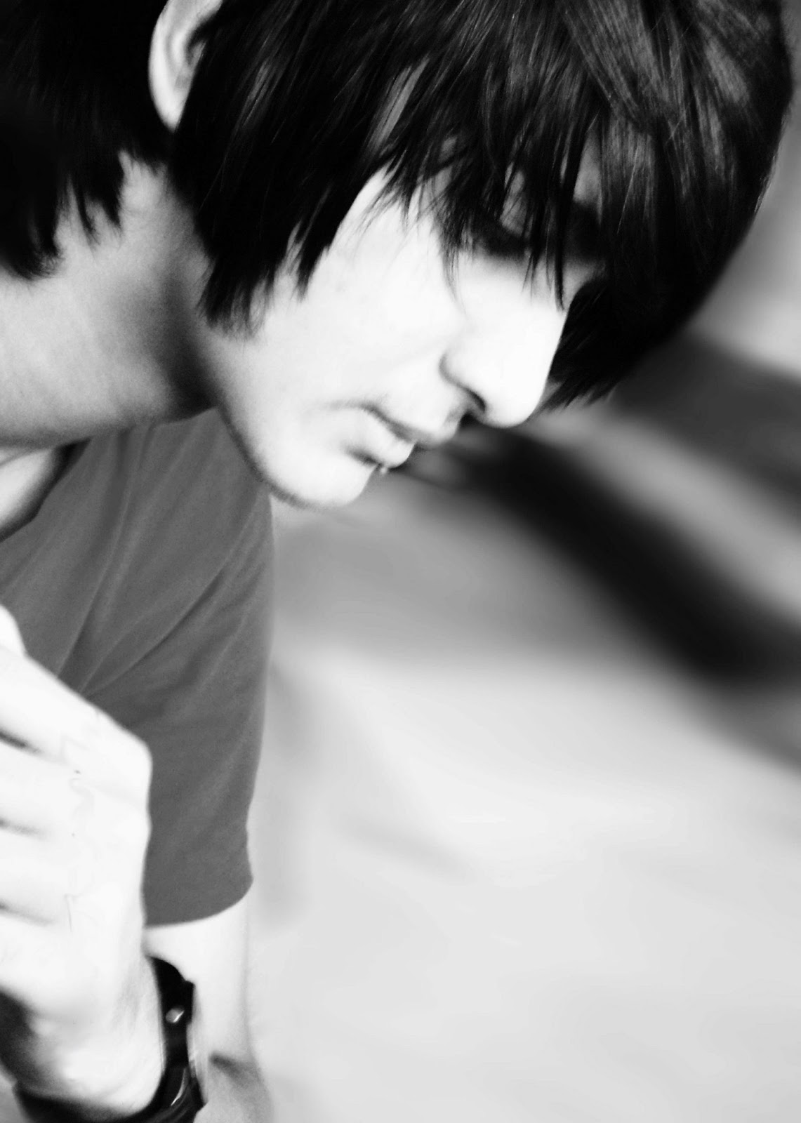 Sad A 17 Year Old Pregnant Girl Commits Suicide In River: Sad Emo HD Wallpapers