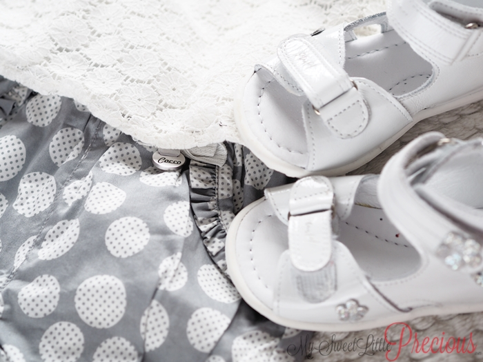 białe sandałki dla dziewczynki