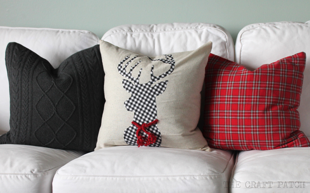 DIY Christmas Pillows - thecraftpatchblog.com