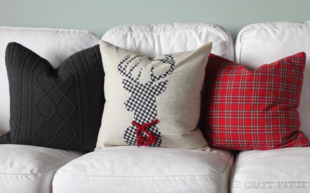 DIY Christmas Pillows - thecraftpatchblog.com