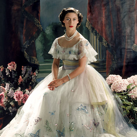 Princess Margaret Has Always Struck Me As A Very Lovely Young Woman I Just Love Her Large Piercing Blue Eyes Dazzling Smile And Beautiful