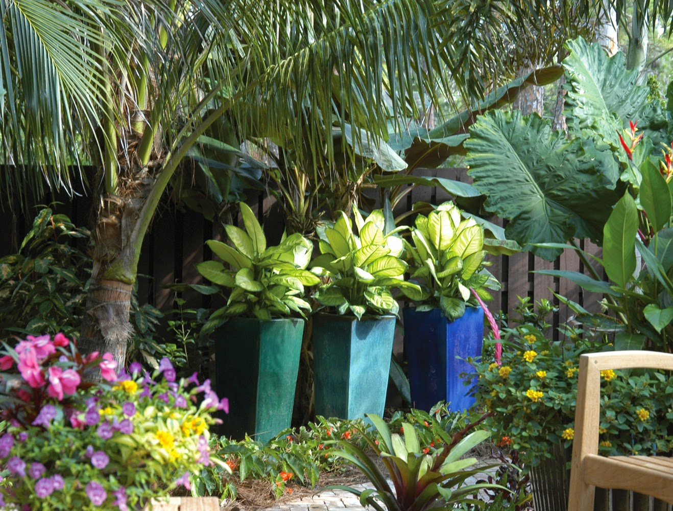 Decorando o Jardim com Vasos - Jardim de Siguta