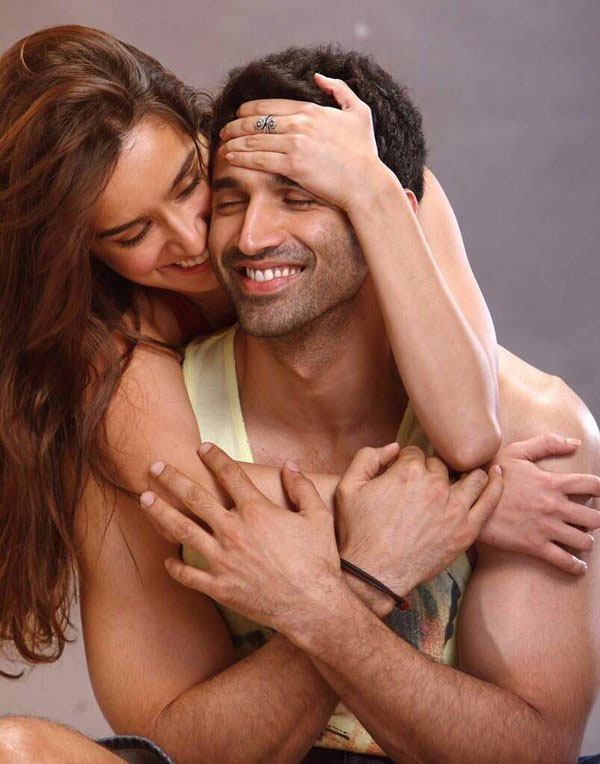 Aditya Roy Kapur and Shraddha Kapoor New Upcoming movie Ok Jaanu first look poster, Ok Jaanu hit or flop, release date, star cast