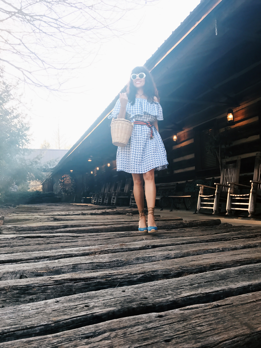 Gingham country dress street style