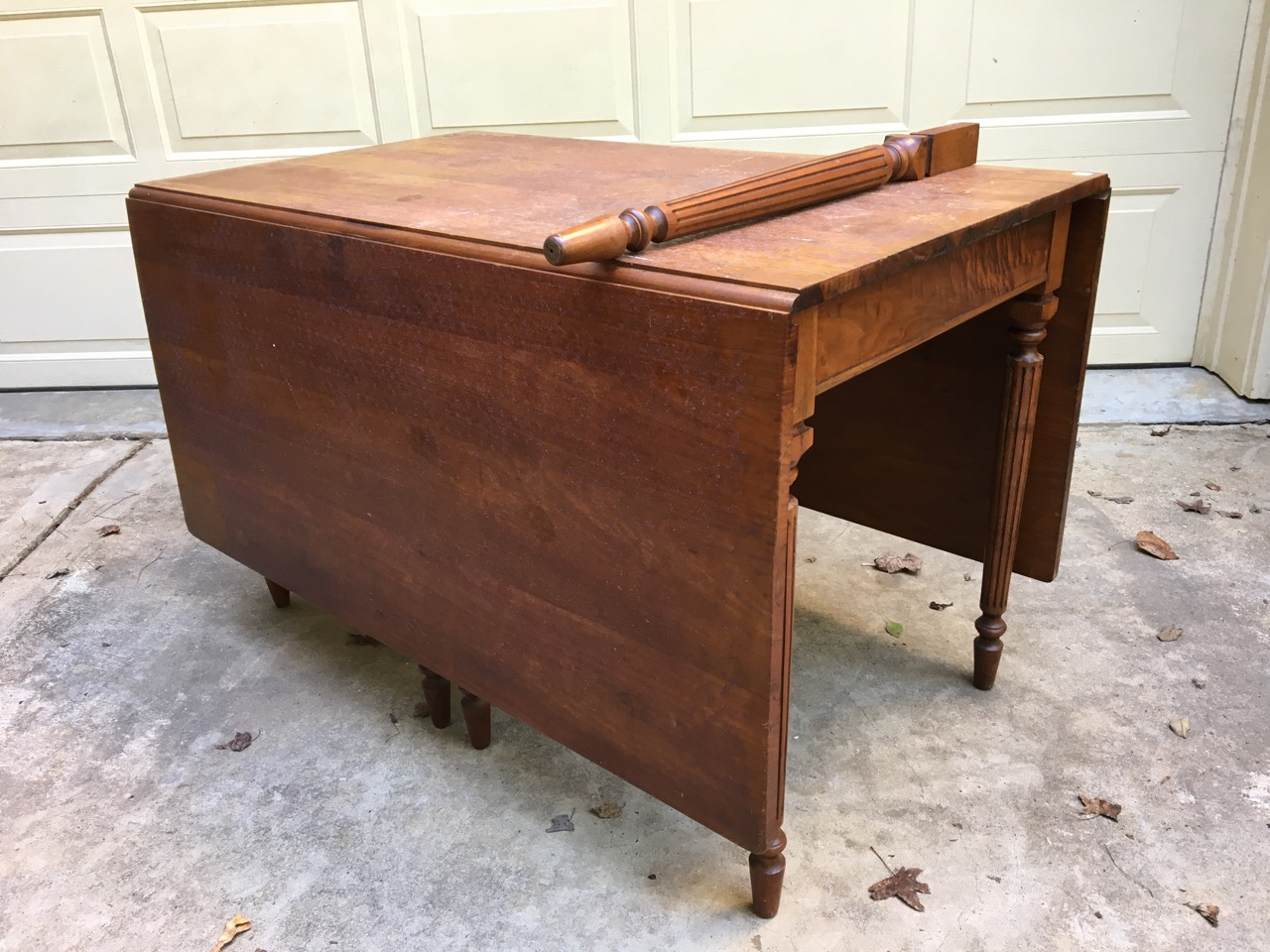 I Fell In Love With This Gate Legged Table As Soon As I Saw It At The  Thrift Store. In Itu0027s Condition I Knew It Would Require A Lot Of Work.