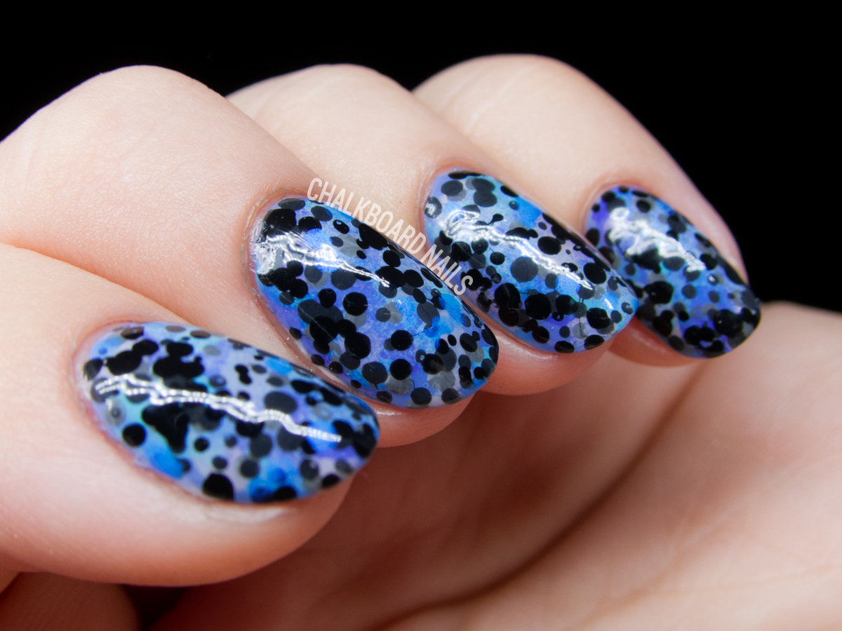 Bobtail squid nail art by @chalkboardnails