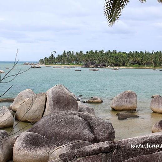 Menikmati Pagi yang Tenang di Pantai Batu Kasah Natuna