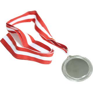 Yuxuda Gümüş Medal Görmek