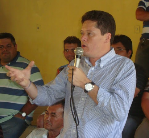 Resultado de imagem para Imagens do Vereador de Alcântaras Antonio Marcos