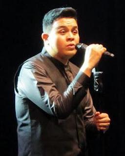 Biografi dan Profil Lengkap Penyanyi TULUS
