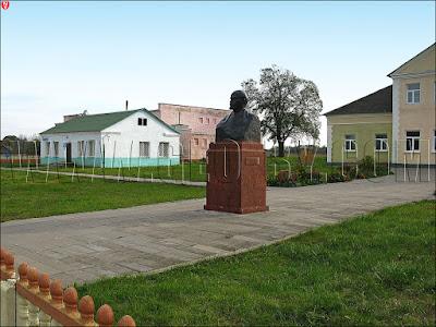 Памятник Ленину в Щорсах