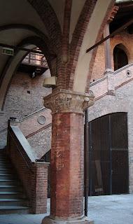palazzo bologne visite
