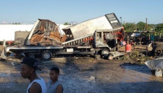 Explosión en fábrica deja un muerto y cinco heridos en Los Alcarrizos