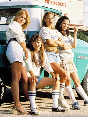 Dazed and Confused - Sasha Jenson, Michelle Burke, Joey Lauren Adams, and Christine Harnos