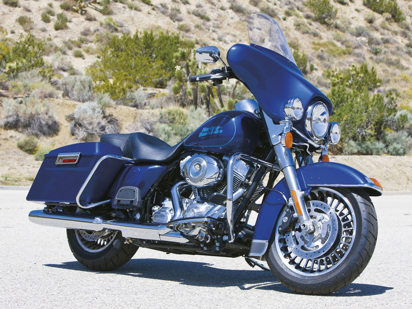 Harley Davidson: 2009 Harley-Davidson FLHTI Electra Glide Standard