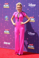 kelsea ballerini in pink jumpsuit best red carpet dresses radio disney music awards 2016 photo