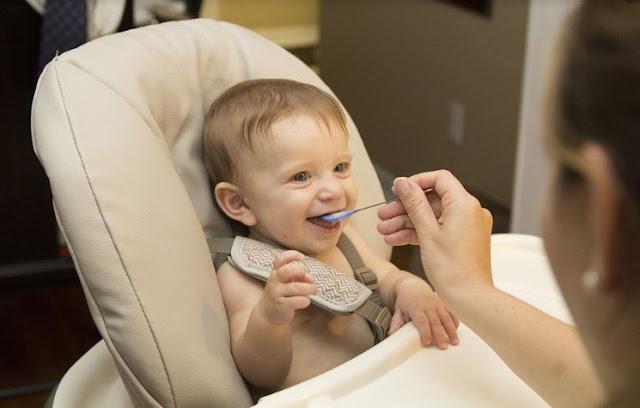 6 Peralatan Memasak yang Wajib Anda Punya untuk Persiapan Mpasi Bayi