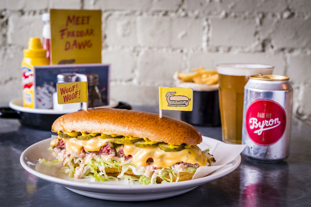 3 Tasty Places To Eat Burgers In London,UK byron